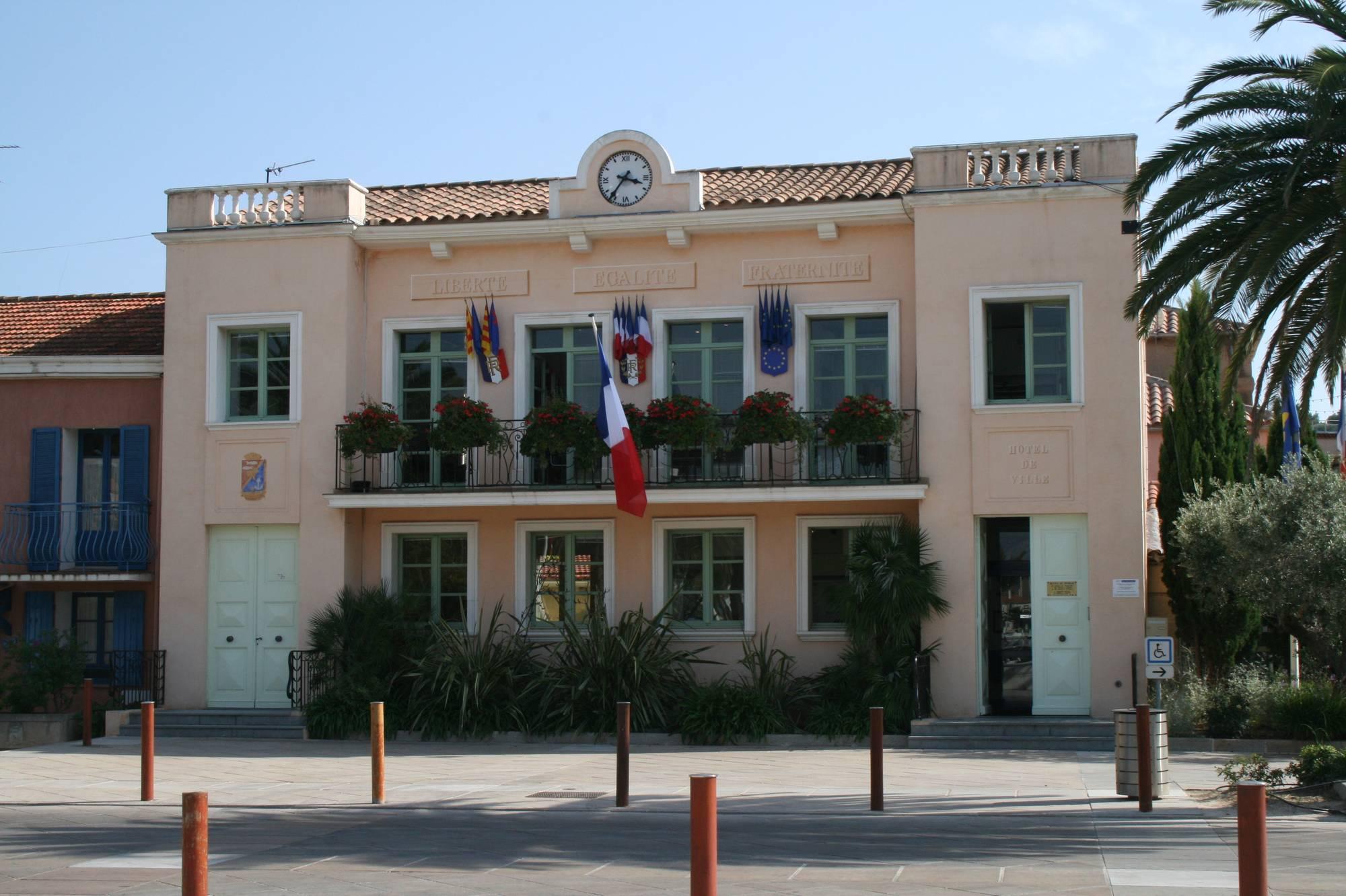 5-hotel-de-ville